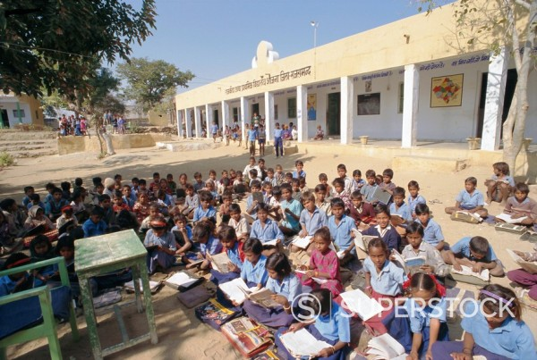Stock Photo: 1890-62106 Village school, Deogarh, Rajasthan, India