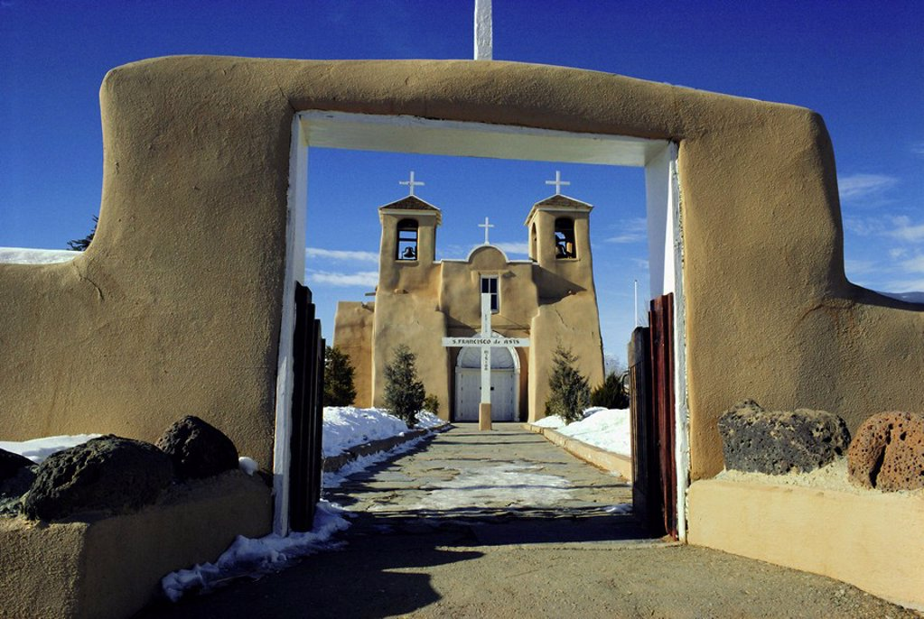 Stock Photo: 1890-63149 Mission San Francisco de Asis, Ranchos de Taos, New Mexico, USA