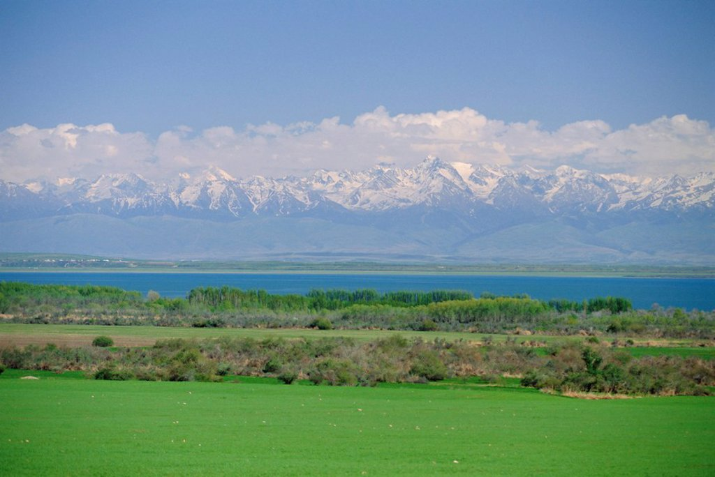 Lake Issyk_Kul, second largest mountain lake, Kirghizstan Kyrgyzstan, FSU, Central Asia, Asia : Stock Photo