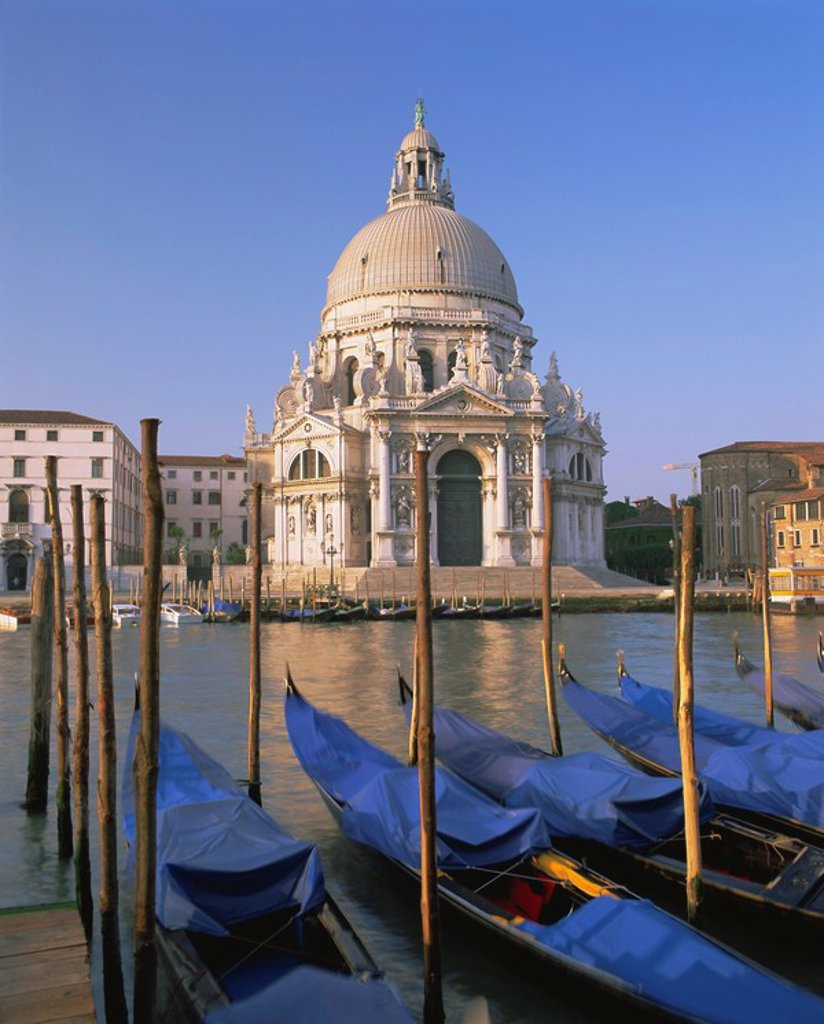 Stock Photo: 1890-65407 Grand Canal and gondolas, Venice, UNESCO World Heritage Site, Veneto, Italy, Europe