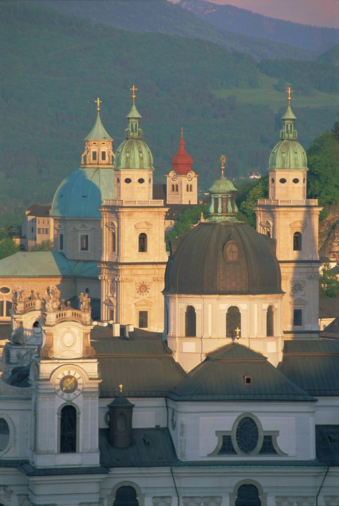 Stock Photo: 1890-65455 Elevated view of Kollegienkirche and cathedral domes, Salzburg, UNESCO World Heritage Site, Austria, Europe