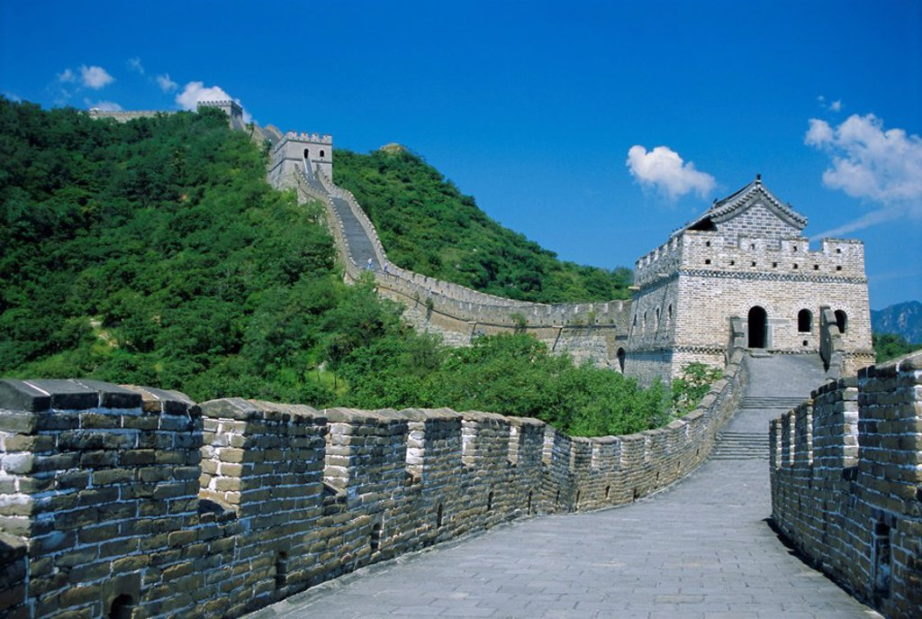 Stock Photo: 1890-65801 Great Wall, restored section with watchtowers, Mutianyu, near Beijing, China