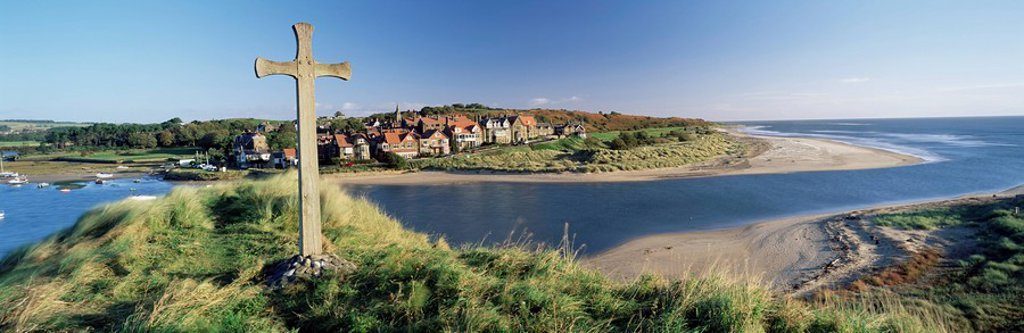 Stock Photo: 1890-66417 View of the village of Alnmouth with River Aln flowing into the North Sea, fringed by beautiful beaches, near Alnwick, Northumberland, England, United Kingdom, Europe