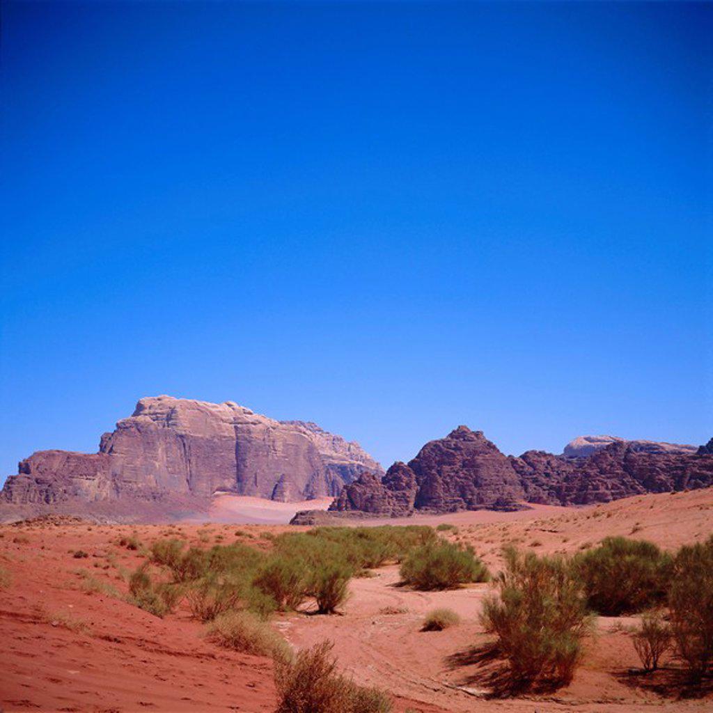Stock Photo: 1890-67804 Jabal Rum, desert landscape in Southern Jordan, Wadi Rum, Jordan, Middle East