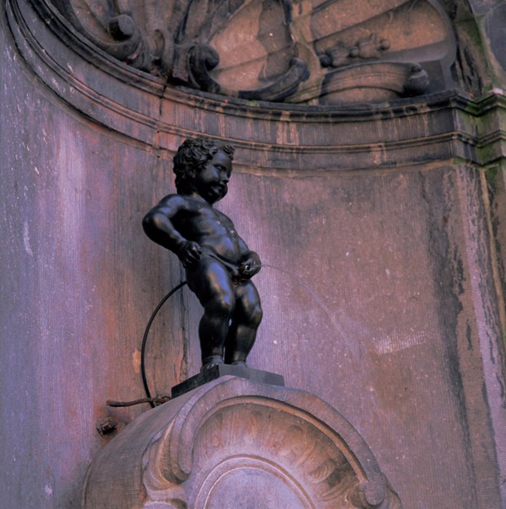 Statue of the Manneken Pis, Brussels Bruxelles, Belgium, Europe : Stock Photo