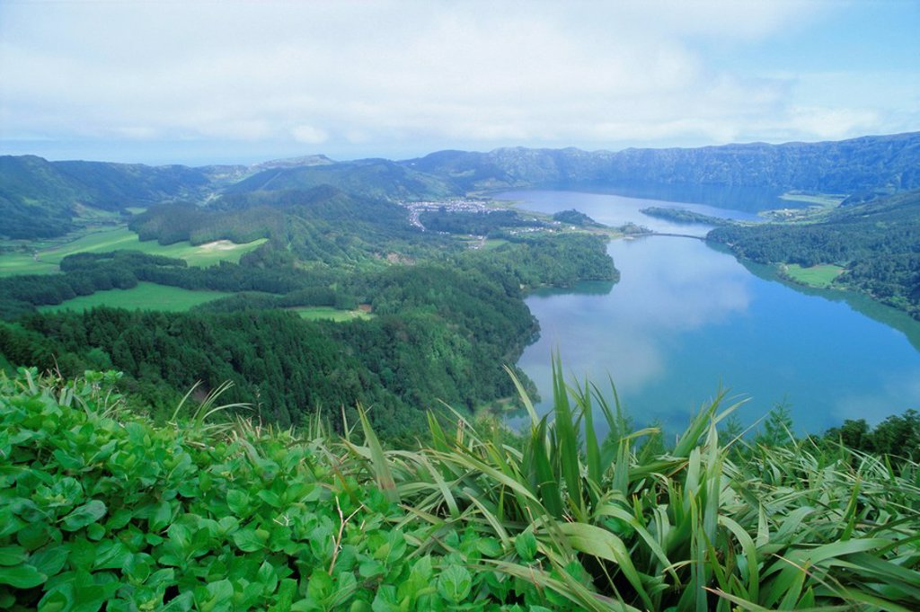 Sete Citades lakes, Sao Miguel island, Azores, Portugal, Europe, Atlantic Ocean : Stock Photo