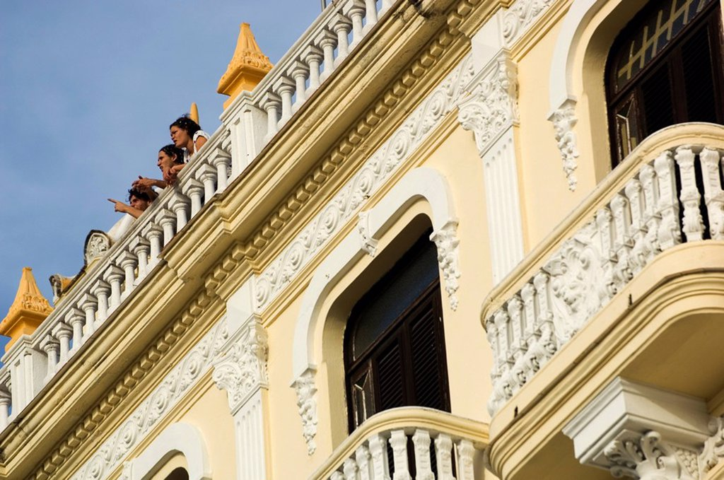 Stock Photo: 1890-77692 People on Roof, Havana, Cuba