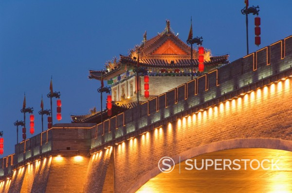 Stock Photo: 1890-79343 City walls and fortified watch tower built during the first reign of Hongwu, the first emperor of the Ming dynasty, Xian City Shaanxi Province, China, Asia
