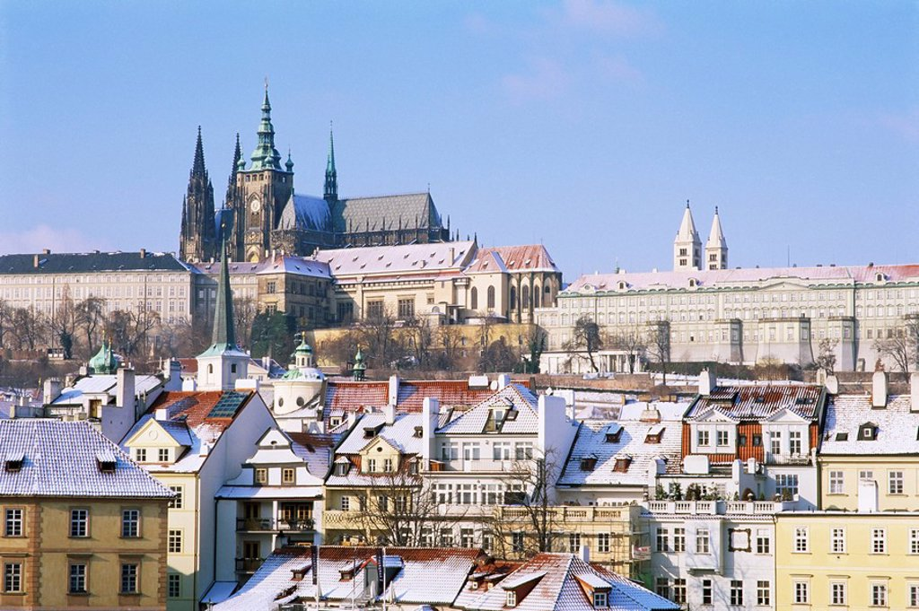 Stock Photo: 1890-79797 Prague Castle and houses of Mala Strana suburb in winter, Prague, Czech Republic, Europe