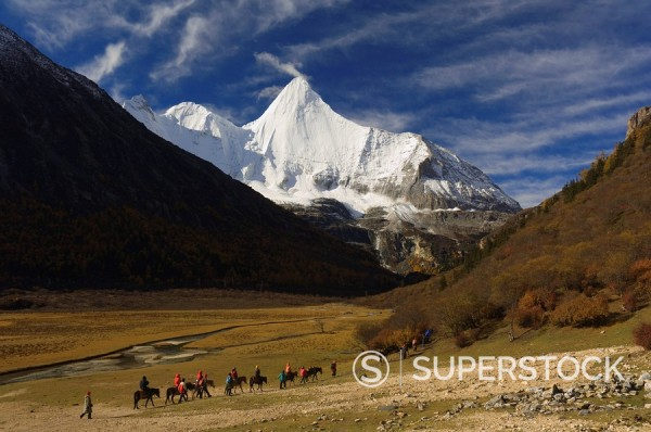 Yangmaiyong, Yading Nature Reserve, Sichuan Province, China, Asia : Stock Photo