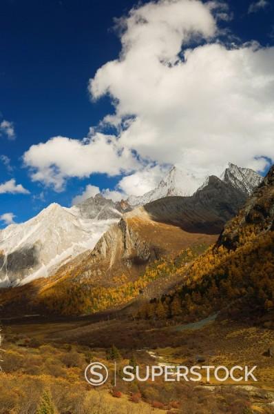 Xiaruoduojio mountain, Yading Nature Reserve, Sichuan Province, China, Asia : Stock Photo