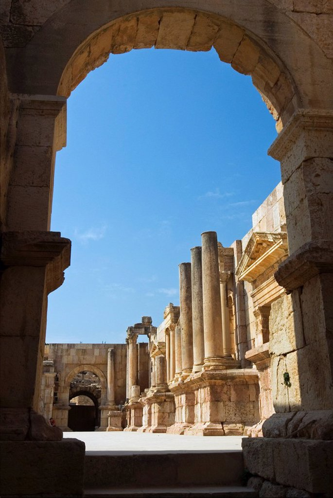 South Theatre, Jerash Gerasa, a Roman Decapolis city, Jordan, Middle East : Stock Photo