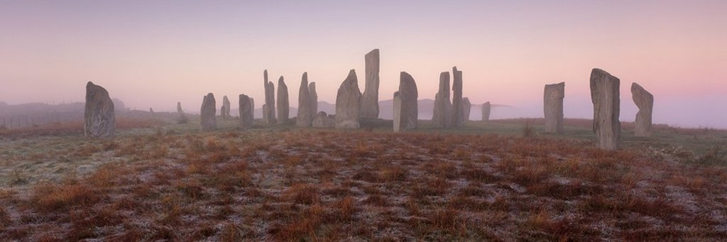 Ring of Brodgar, stone circle dating from between 2500 and 2000 BC, 27 out of 60 stones still standing, UNESCO World Heritage Site, Central Mainland, Orkney Islands, Scotland, United Kingdom, Europe : Stock Photo