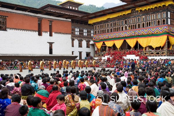 Stock Photo: 1890-85576 Buddhist festival Tsechu, Trashi Chhoe Dzong, Thimphu, Bhutan, Asia