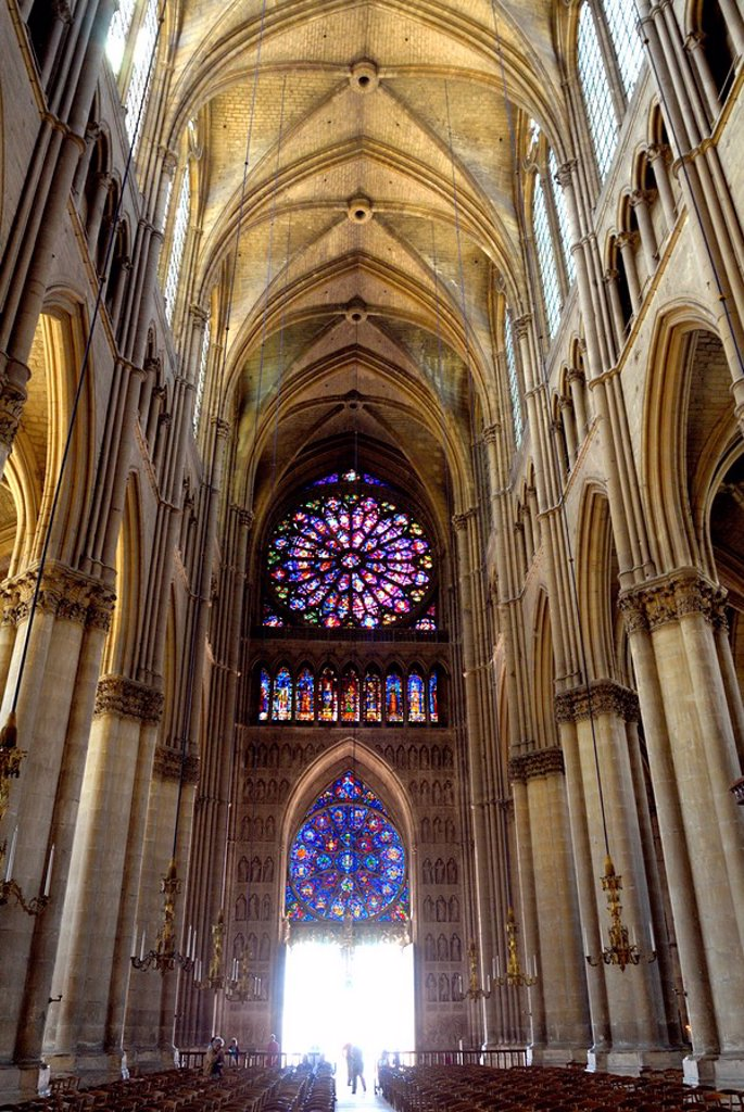 Stained glass rose window viewed from the nave, Notre_Dame Cathedral, UNESCO World Heritage Site, Reims, Marne, Champagne_Ardenne, France, Europe : Stock Photo