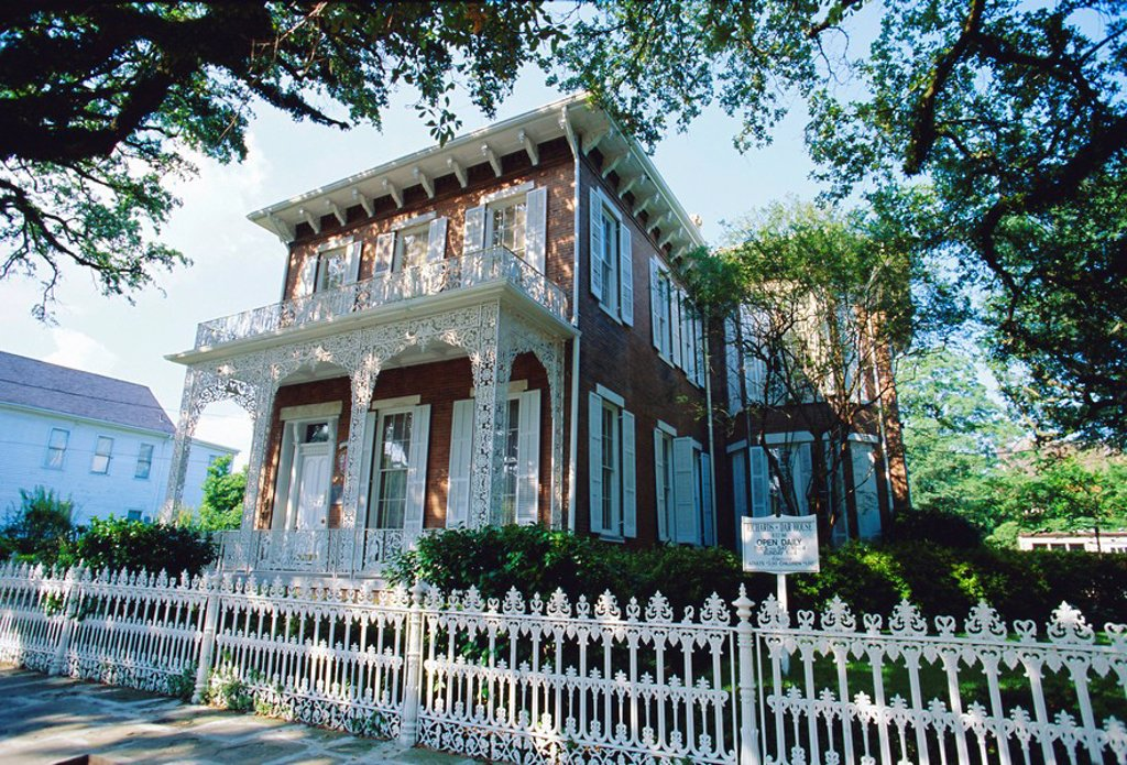 Stock Photo: 1890-88192 The 1860 Richards_Dar House, now a museum, Italianate style in the city´s historic district, Mobile, Alabama, USA