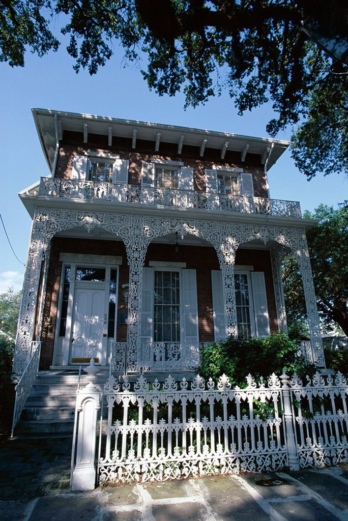 The 1860 Richards_DAR house, a fine Italianate house museum in the city´s historic district, Mobile, Alabama, United States of America U.S.A., North America : Stock Photo