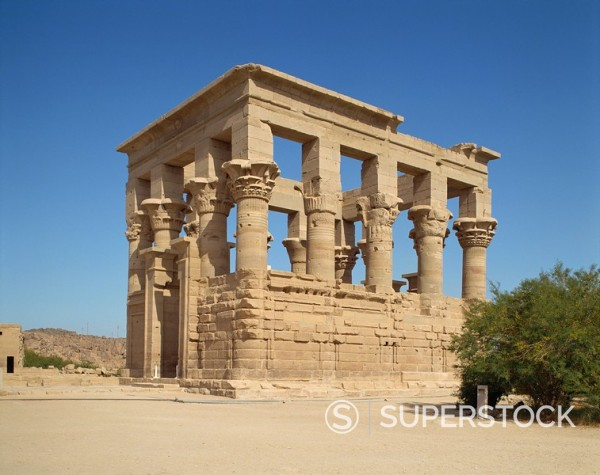 Kiosk of Trajan, Agilkia island, Philae, UNESCO World Heritage Site, near Aswan, Nubia, Egypt, North Africa, Africa : Stock Photo