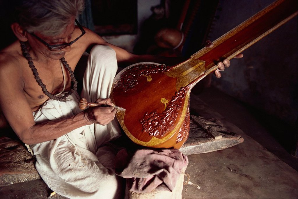 Stock Photo: 1890-9177 Sitar maker, Varanasi, Uttar Pradesh state, India, Asia