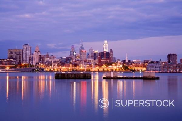Philadelphia skyline and Delaware River, Philadelphia, Pennsylvania, United States of America, North America : Stock Photo