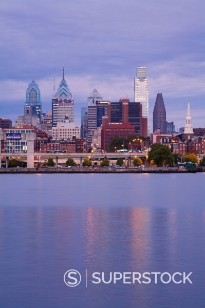 Philadelphia skyline and Delaware River, Philadelphia, Pennsylvania, United States of America, North America : Stock Photo