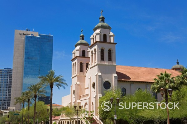 St. Mary´s Basilica and Chase Tower, Phoenix, Arizona, United States of America, North America : Stock Photo