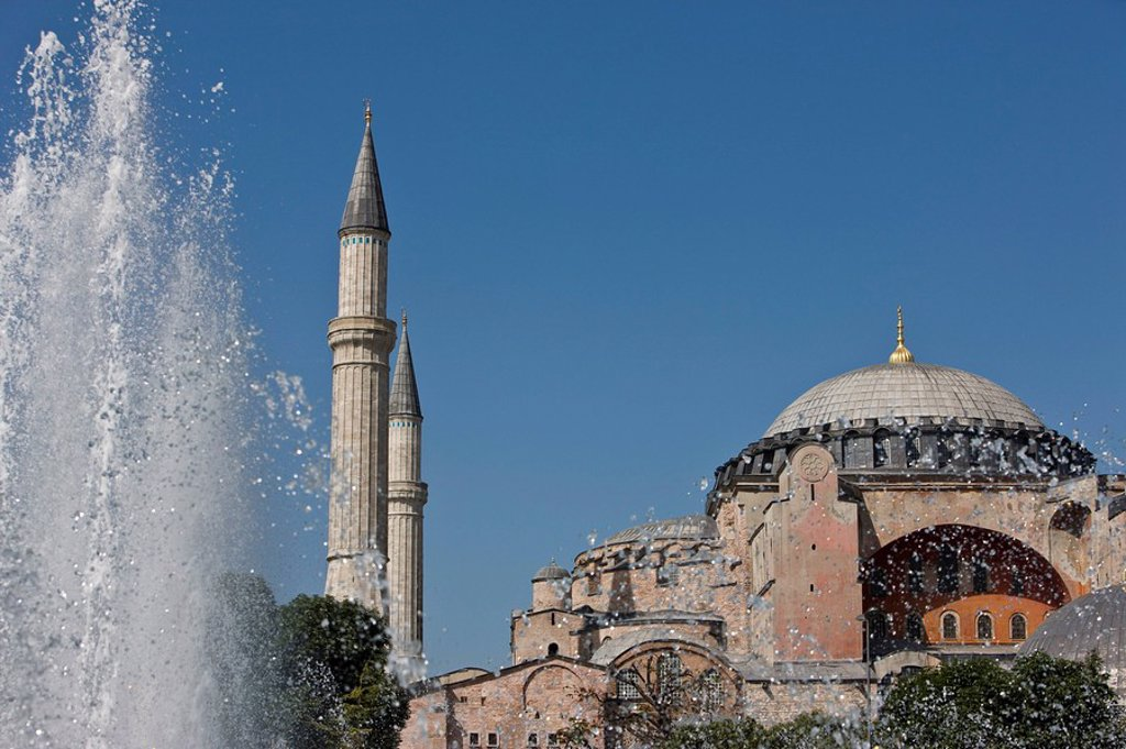 Stock Photo: 1890-93162 Hagha Sophia with fountain in foreground, UNESCO World Heritage Site, Istanbul, Turkey, Europe