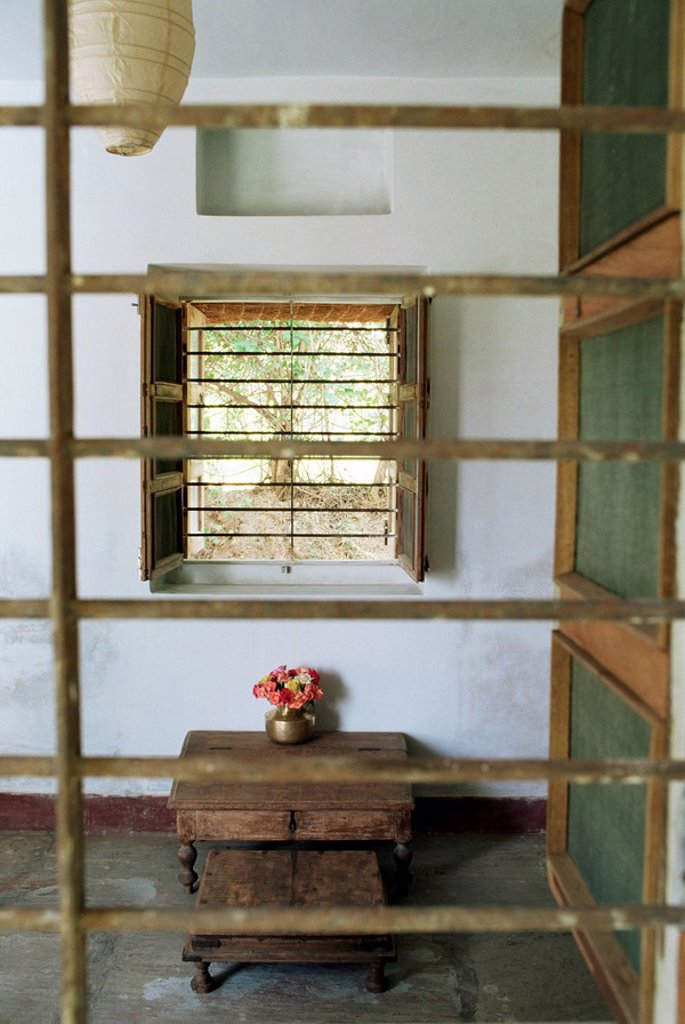 Glassless windows providing traditional cross ventilation techniques allowing air movement in residence, Amber, near Jaipur, Rajasthan state, India, Asia : Stock Photo