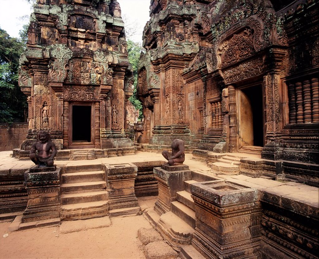 Banteay Srei, dating from the second half of the 10th century, Angkor, UNESCO World Heritage Site, Cambodia, Indochina, Southeast Asia, Asia : Stock Photo