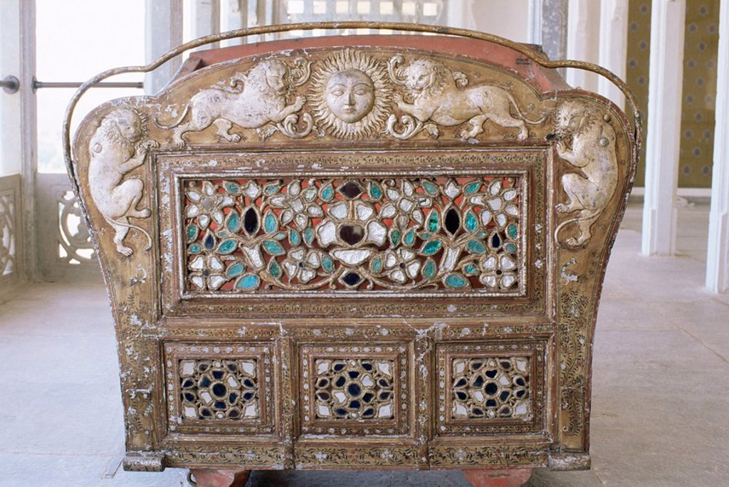 Stock Photo: 1890-9479 Detail of the back of an antique elephant howdah in the Grand Durbar Hall, Devi Garh Fort Palace Hotel, near Udaipur, Rajasthan state, India, Asia