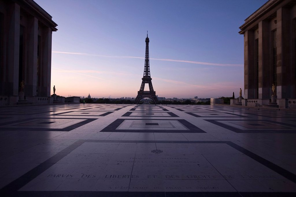 Stock Photo: 1890-97113 Trocadero, Eiffel Tower, Paris, France, Europe