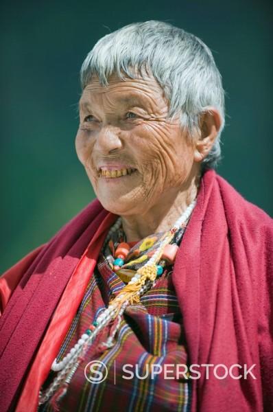 Stock Photo: 1890-97429 Pilgrim at the National Memorial Chorten, Thimphu, Bhutan, Asia