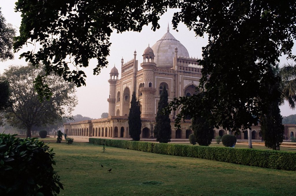 Stock Photo: 1890-9777 Safdajungs Tomb, Delhi, India, Asia