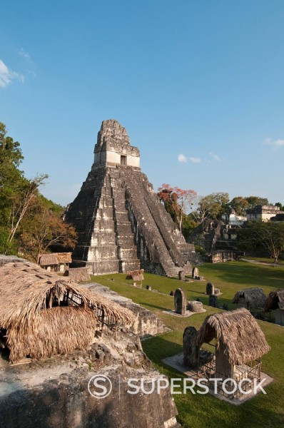 Stock Photo: 1890-98152 Gran Plaza and Temple I, Mayan archaeological site, Tikal, UNESCO World Heritage Site, Guatemala, Central America