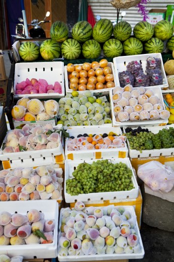 Stock Photo: 1891-314 Fruits at market stall, Tibet,