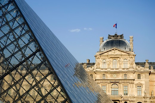 Stock Photo: 1893-456 Pyramid in front of the Pavillon Sully, Louvre Pyramid, Musee du Louvre, Paris, Ile-de-France, France