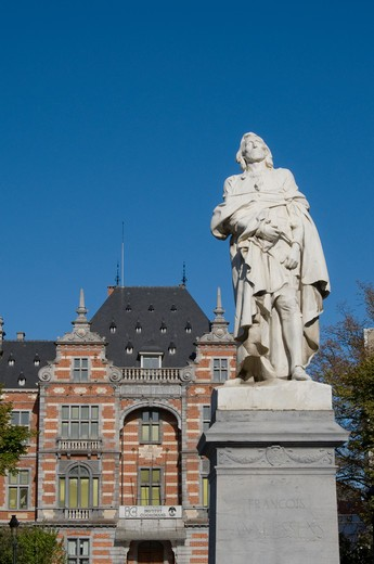 Stock Photo: 1893-837 Low angle view of a statue of Frans Anneessens, Brussels, Belgium