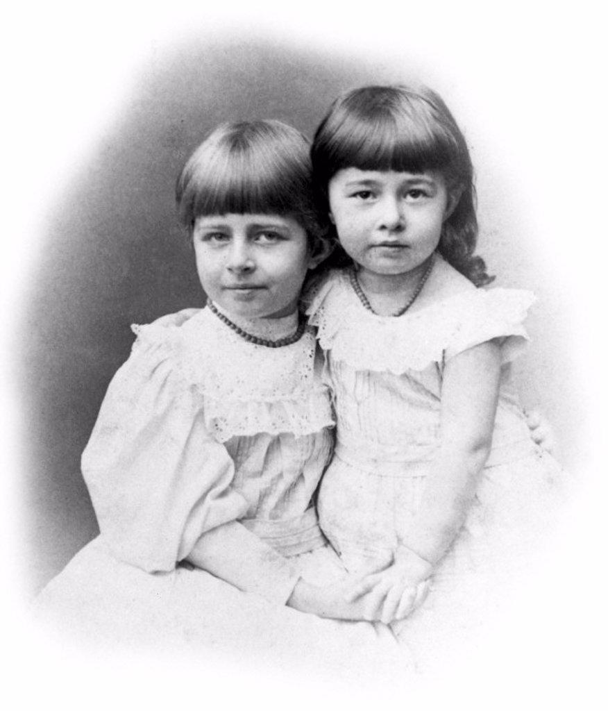 Stock Photo: 1895-10676 Johanne and Matilda Hertz, daughters of Heirnrich and Elizabeth Hertz, c 1889.