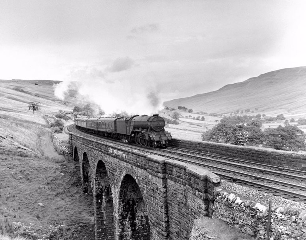 Stock Photo: 1895-11857 Steam locomotive ´Neil Gow´, Ais Gill Viaduct, Settle and Carlisle line, 1960.