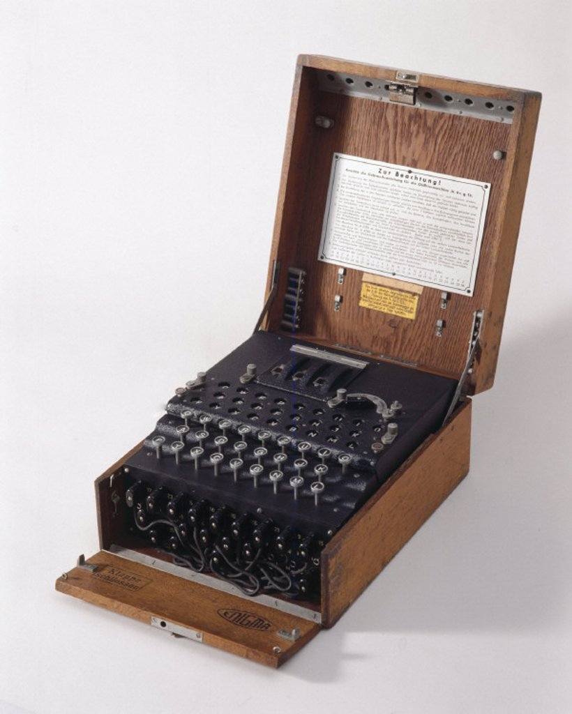 Stock Photo: 1895-12143 Three-ring Enigma cypher machine in wooden transit case, c 1930s.
