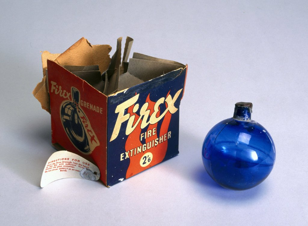 Stock Photo: 1895-12548 Firex glass ball fire extinguisher with original packaging, 1901-1970.
