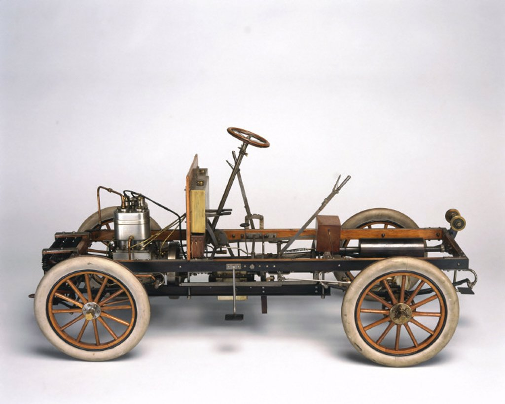 Motor car chassis, 1904. : Stock Photo