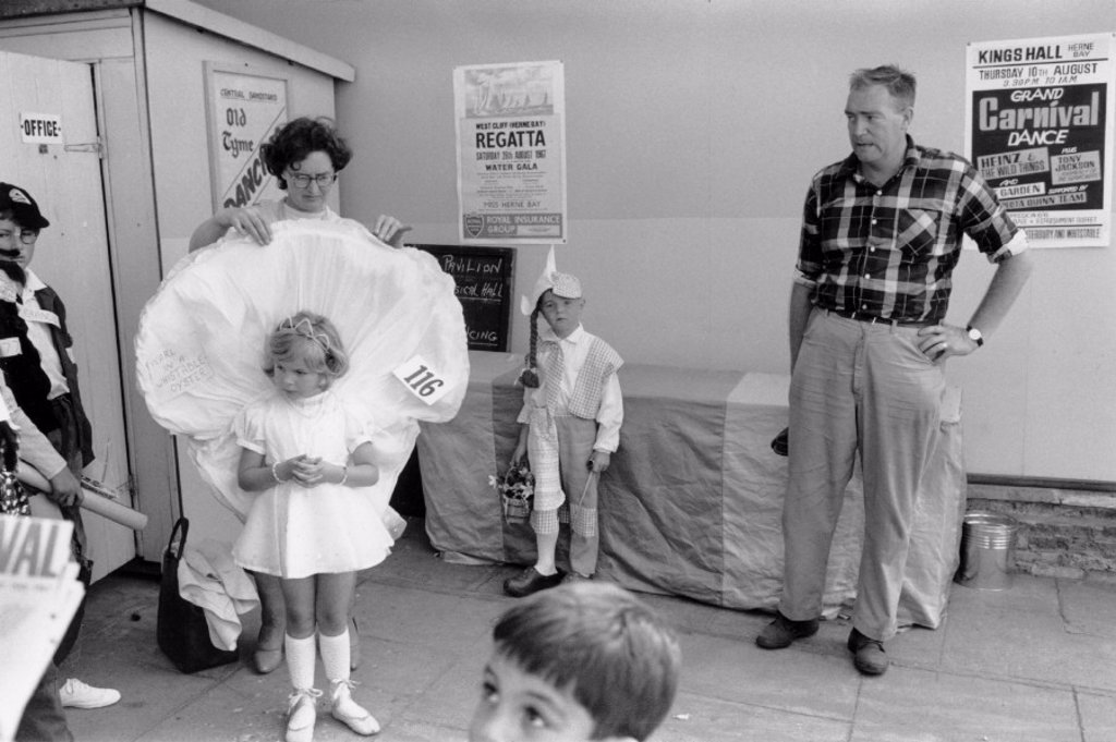 Children preparing for the fancy dress competition, Herne Bay Carnival, August 1967. : Stock Photo