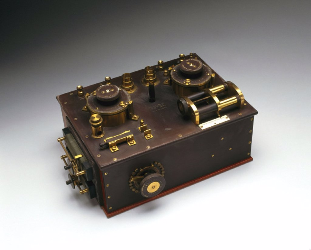 Marconi-Fleming valve radio receiver, c 1908. : Stock Photo
