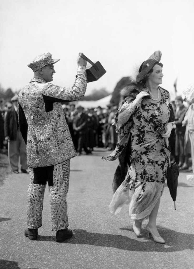 Stock Photo: 1895-13654 Pearly King collecting money for charity, 14 June 1932.