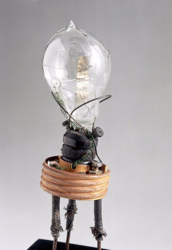 Fleming´s original thermionic valve, 1889. : Stock Photo