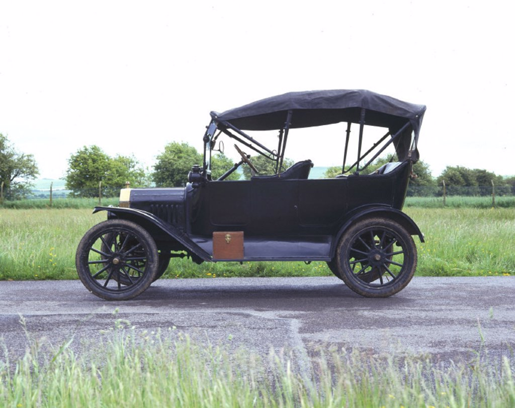 Stock Photo: 1895-14865 Ford Model T four-seat tourer motor car, 1916.