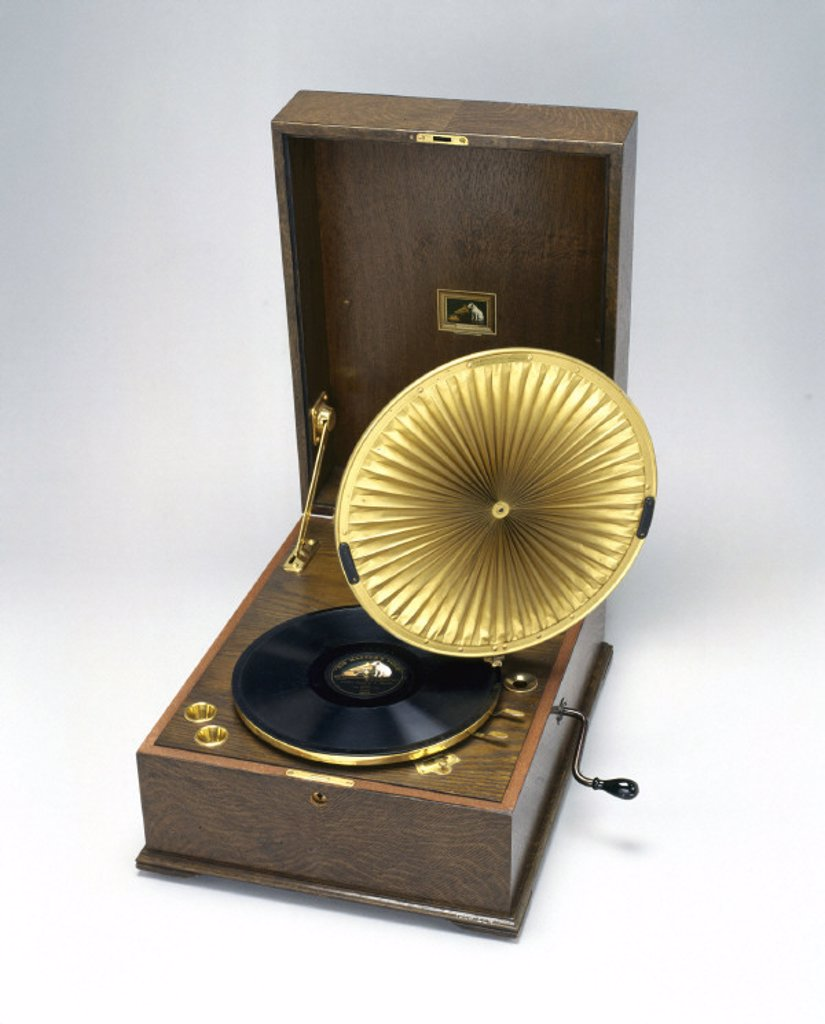 HMV gramophone, 1923. : Stock Photo