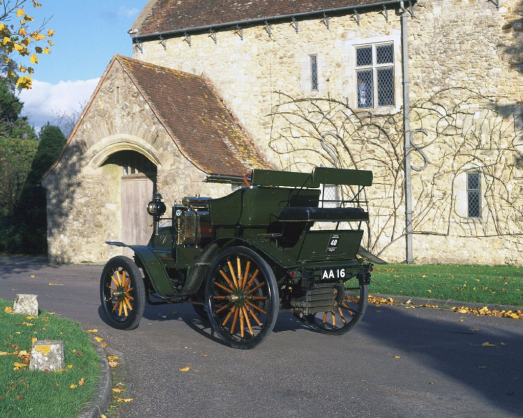 Daimler four-cylinder car, 1898. : Stock Photo