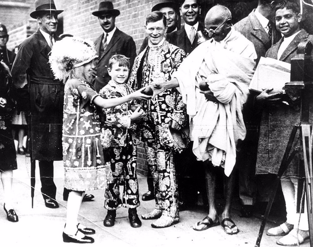Stock Photo: 1895-19685 Mahatma Gandhi in London, 1931